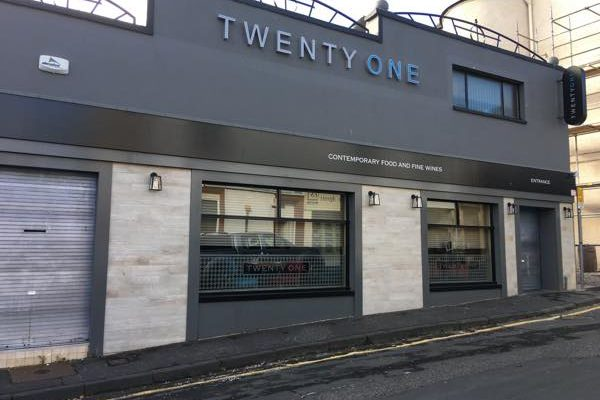 Twenty One RESTAURANT Hamilton19